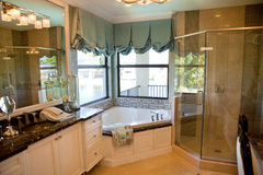 Large Upscale Master Bathroom Stock Photography