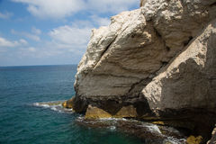 Large white cliffs and sea - Rosh hanikra Royalty Free Stock Photos