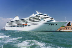 Large white cruise ship Royalty Free Stock Images