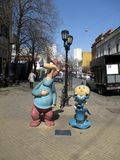 Larguirucho och toppna Hijitus bekanta tecken i Sanen Telmo Cartoon Walk Buenos Aires Argentina Royaltyfri Fotografi