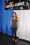 Larissa Gomes przy Czarownika Światowym Anaheim Komicznym Przeciwu Dzień (1), Anaheim Convention Center, Anaheim, CA. 04-16-10 Zdjęcia Stock