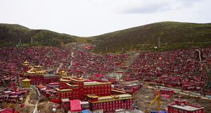 The Larong Buddhist Academy,Monastery of Tibetan Buddhism. The Larong Buddhist Academy is the world`s largest Buddhist Academy. The temple lies in the southwest Stock Photos