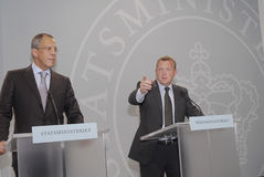 lars Lokke Rasmussen & Sergey Lavrov (L) Stock Foto's