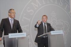 lars Lokke Rasmussen u. Sergey Lavrov (L) Stockfotos