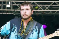 Lary Simmons, guitariste bas pour des fous de Memphis Photos stock