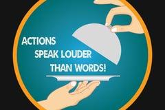 Las acciones de la escritura del texto de la escritura hablan más ruidosamente que palabras El concepto que significa Make ejecut ilustración del vector