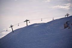 Las altas montañas de Abruzos llenaron de la nieve 005 Fotografía de archivo