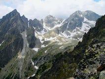 Las altas montañas de Tatras, Eslovaquia Imagenes de archivo