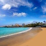 Las Amerika setzen Adeje-Küste Strand in Teneriffa auf den Strand Lizenzfreie Stockbilder