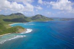 Las Antillas, el Caribe, Antigua, vista de la costa sur hacia punto de los procuradores Fotografía de archivo