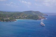 Las Antillas, el Caribe, Antigua, vista de la entrada al puerto de Falmouth Imagenes de archivo