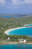 Las Antillas, el Caribe, Antigua, vista de la gran bahía profunda Imagen de archivo libre de regalías
