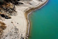 Las arenas de Yunnan doblaron la orilla del río Foto de archivo