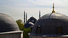 Las bóvedas de la mezquita de Suleymaniye, Estambul, Turquía imagen de archivo