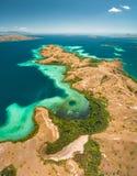 Las bahías, tierra de la sabana del parque nacional de Komodo imágenes de archivo libres de regalías
