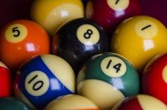 Las bolas de billar de la piscina se cierran para arriba Imagenes de archivo