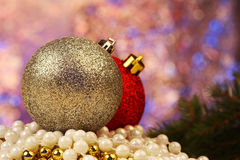 Las bolas de la Navidad se cierran para arriba Imagenes de archivo