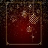 Las bolas del oro del fondo de la Navidad juegan las estrellas que los copos de nieve brillan en un fondo rojo un fondo por la Na ilustración del vector