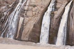 Las caídas de Augrabies durante inundación-tiempo a lo largo del barranco anaranjado del río en el Augrabies bajan parque naciona Fotografía de archivo libre de regalías