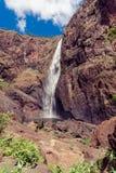 Las caídas de Wallaman, una cascada y cascada de la cola de caballo imagen de archivo libre de regalías