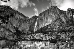 Las caídas en Yosemite Fotografía de archivo
