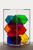 Las cajas claras coloridas apoyan encendido Fotografía de archivo