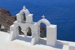 Las campanas en Santorini, Grecia Fotografía de archivo libre de regalías