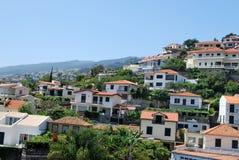 Las casas de Funchal Imágenes de archivo libres de regalías