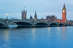 Las casas del parlamento británico en Londres Fotos de archivo