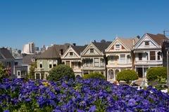 Las casas en San Francisco Fotos de archivo libres de regalías