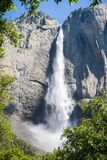 Las cataratas de Yosemite superiores, parque nacional de Yosemite, California Foto de archivo