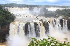 Las cataratas del Iguazú, el Brasil, la Argentina, Paraguay Foto de archivo