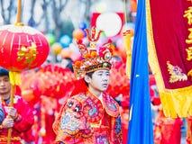 Las celebraciones chinas del Año Nuevo desfilan en París fotografía de archivo