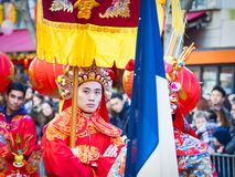 Las celebraciones chinas del Año Nuevo desfilan en París fotografía de archivo libre de regalías