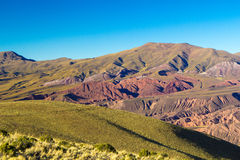 Las colinas alrededor de Humahuaca Foto de archivo
