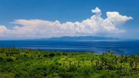 Las colinas hermosas en la isla de Nusa Penida Fotos de archivo libres de regalías