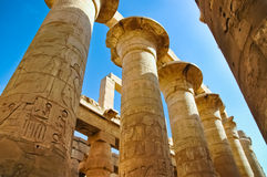 Las columnas en el templo de Karnak, Egipto imagen de archivo libre de regalías