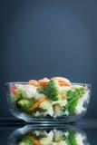 Las comidas sanas están en la tabla, Imagen de archivo