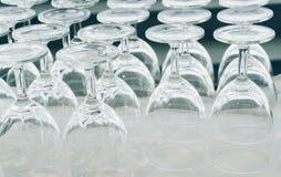 Las copas de vino vacías Imagen de archivo