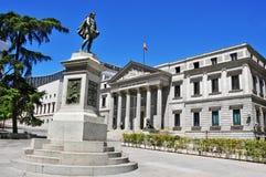 Las Cortes del de della plaza e congresso spagnolo di delegati a Madrid, Fotografie Stock