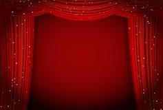 las cortinas rojas en fondo rojo con brillar imagen de archivo