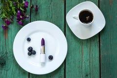 Las cosas femeninas principales Rutina de la belleza de la mañana Fotografía de archivo libre de regalías