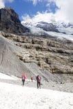 Las cuestas del Eiger en las montañas suizas al día soleado Foto de archivo libre de regalías