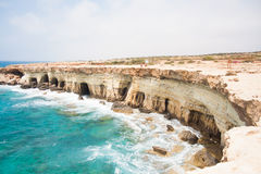 Las cuevas del mar fotos de archivo libres de regalías