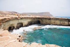 Las cuevas del mar imagen de archivo libre de regalías