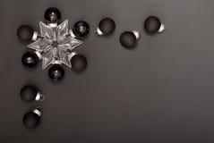 Las decoraciones negras del Año Nuevo Fotos de archivo