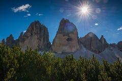 Las dolomías de Italien, el Tyrol del sur e italien las montañas, paisaje hermoso de la montaña, tre cime di lavaredo Imagen de archivo