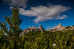 Las dolomías de Italien, el Tyrol del sur e italien las montañas, paisaje hermoso de la montaña, tre cime di lavaredo Fotografía de archivo