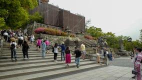 Las escaleras al Kiyomizu-dera, formalmente Otowa-san Kiyomizu-dera, son un templo budista independiente en Kyoto del este fotos de archivo libres de regalías
