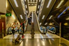 Las escaleras móviles en Barcelona - España fotos de archivo libres de regalías